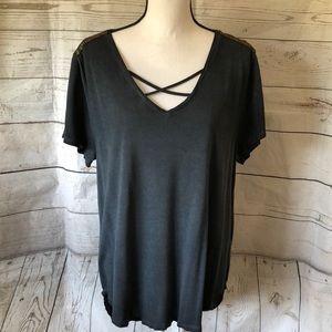 New! Seven7 distressed charcoal v-neck T-shirt